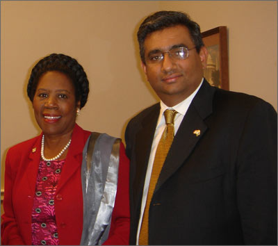 Raza with U.S. Representative Sheila Jackson Lee on Capitol Hill